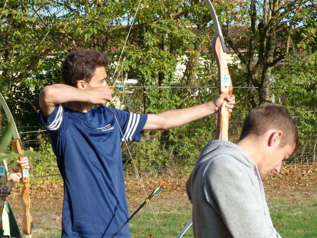 en action au tir à l'arc