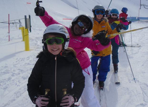 5 séances de ski alpin à La Mongie, encadrées par les moniteurs de l'ESF.