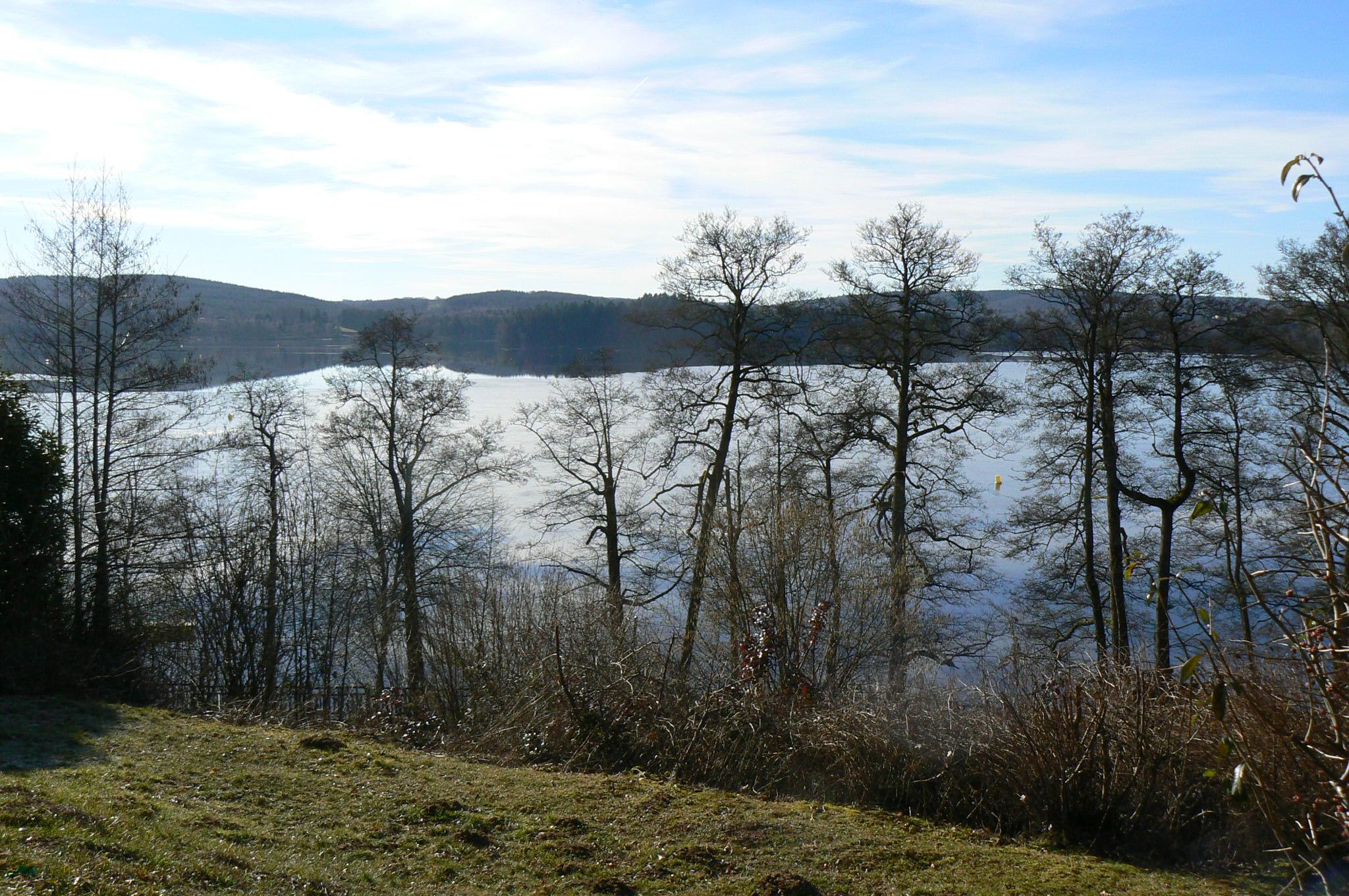 Lac des Settons vu du réfectoire